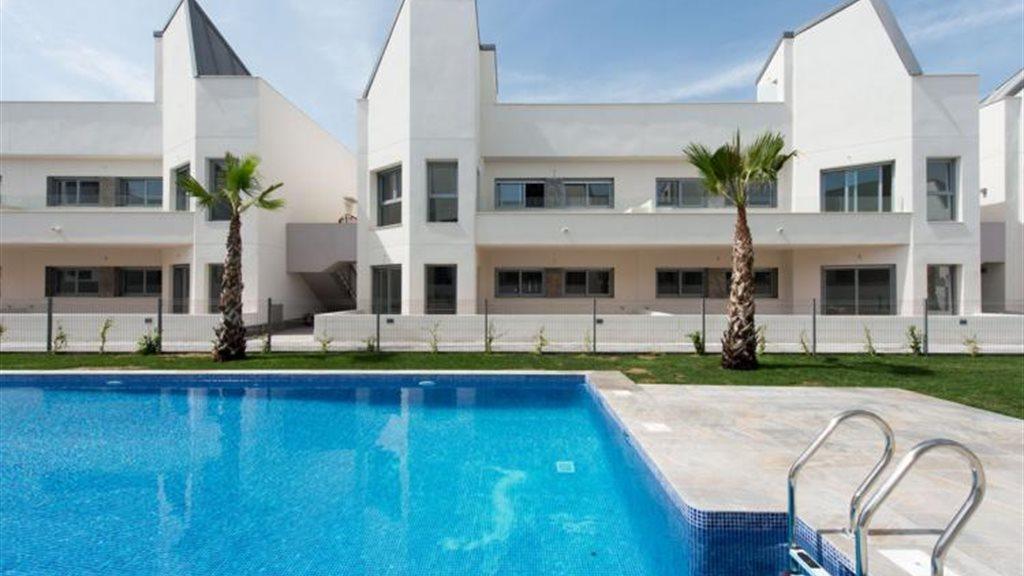 Villa amalia prachtige moderne woningen vlakbij for Woningen moderne villa